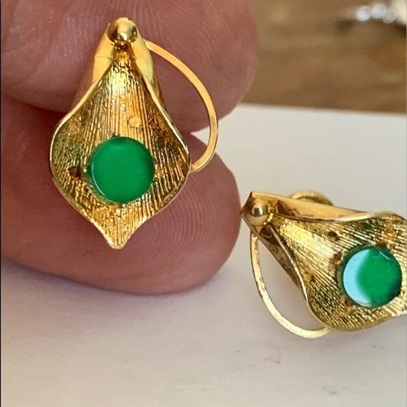 12K Gold Filled screw back Jade Green earnings